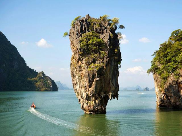 خليج بان ناه من الاماكن السياحية في بوكيت تايلاند
