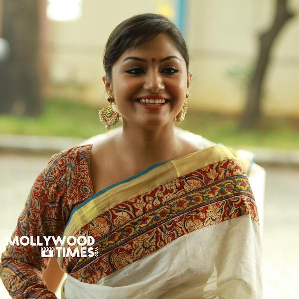Shritha Sivadas latest photos from Sarayu wedding