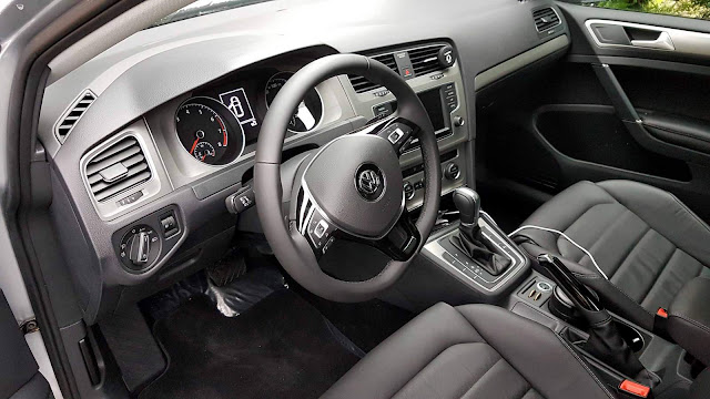 VW Golf 1.6 Automático 2016 Flex - interior