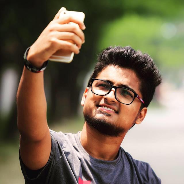 Shouvik Ahmed Bangladeshi Singer, Actor Biography, Photos (Selfie)