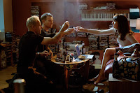 Ewan McGregor, Jonny Lee Miller and Anjela Nedyalkova in T2: Trainspotting (24)