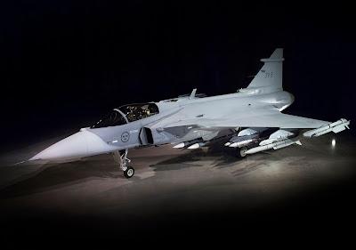 """""""Gripen E"""" foi apresentado na Suécia"""