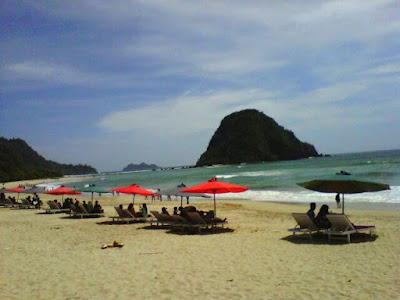 Pulau Merah Banyuwangi sudah pulih.