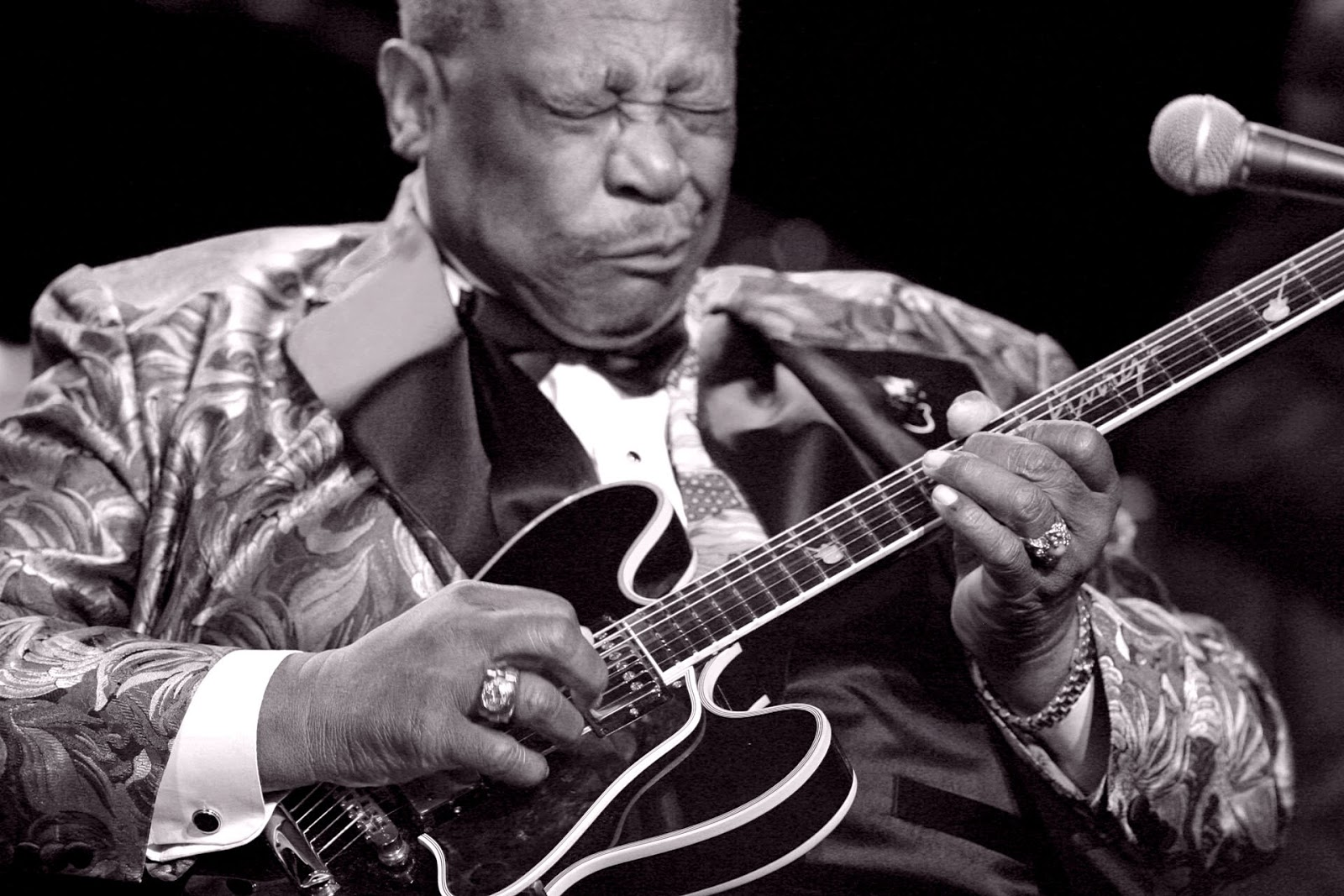 Chatter Busy Blues Legend B B Kings At 89