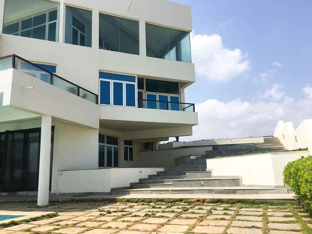 luxury infinity beach house ecr chennai