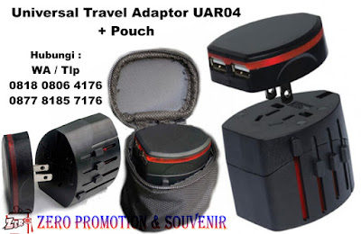 Barang promosi Universal Travel Adapter UAR04 + Pouch, Power Converter Adaptor, steker listrik, souvenir travel adapter, Travel Adapter UAR04 Sudah termasuk packaging pouch kain warna hitam
