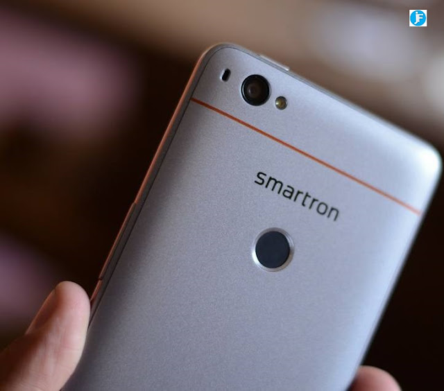 Sachin Tendulkar Smartron SRT Phone Launched For Rs 12,999 & Rs 13,999, Price,Features,Specification