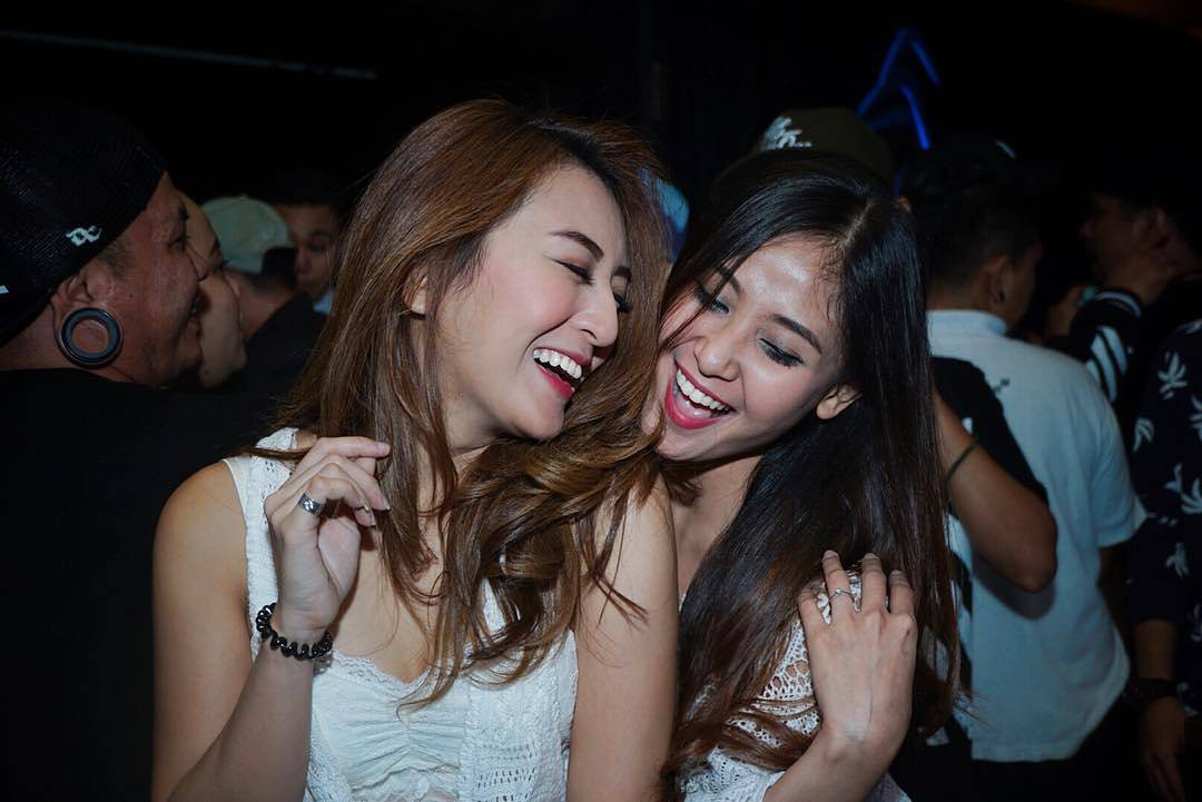 batam single girls Single girls are safe but stay alert  singapore and the continous stream of visitors from those countries turned bali into a world-class destination for nightlife.