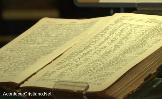 Biblia sobrevivió al hundimiento del Titanic