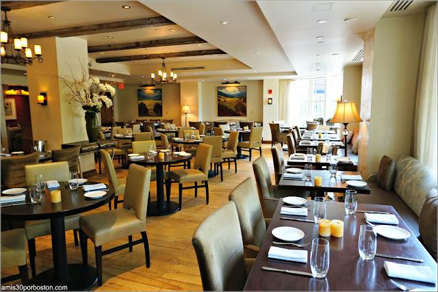 Comedor del Restaurante Bistro Du Midi en Boston