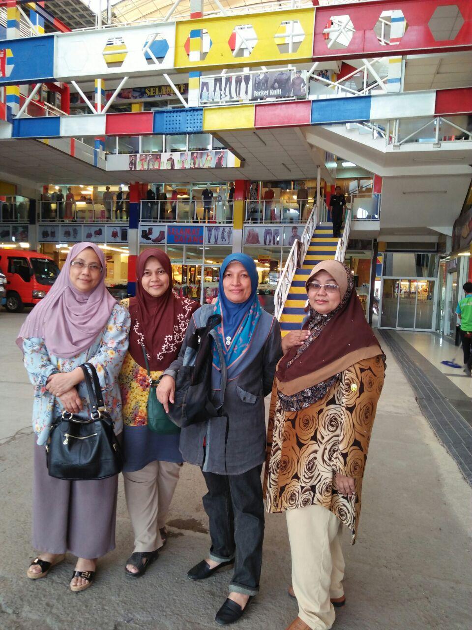 Jalan-Jalan Bandung Part 2 - Syurga Beli Belah ~ Blog Kakwan