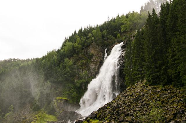 Cascata Latefossen