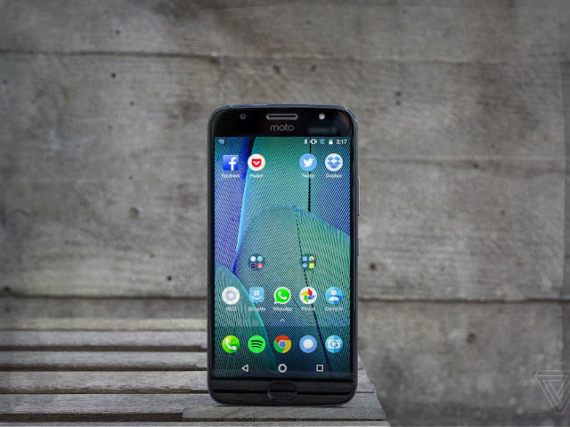 Motorola Moto G5S Plus Review and Photos