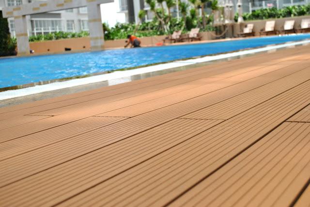 Sử dụng sàn gỗ nhựa lát bể bơi