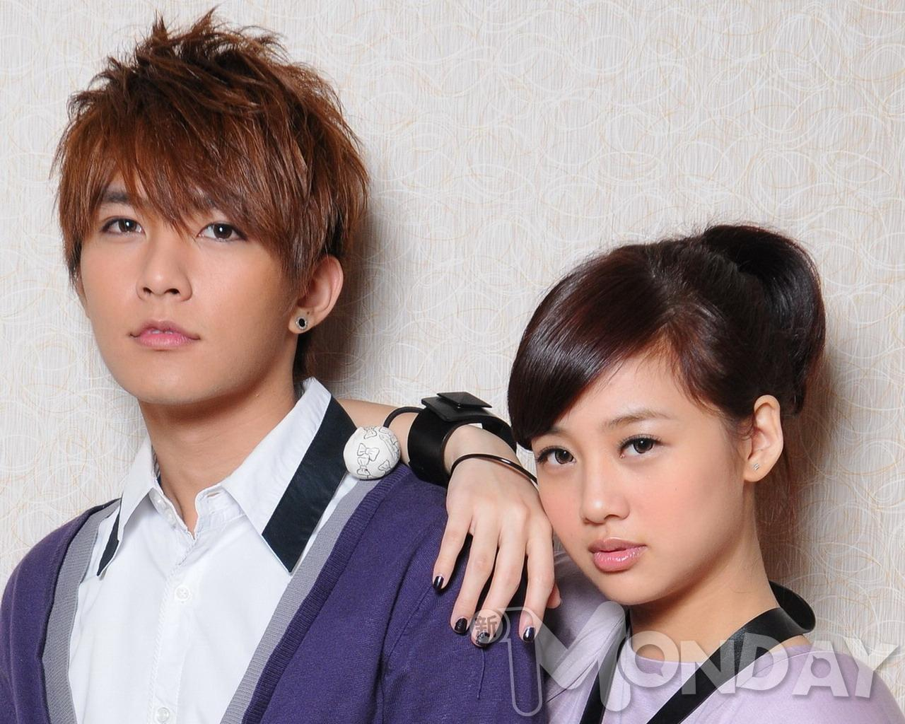 Helis Picture Album: 鬼鬼+炎亞綸