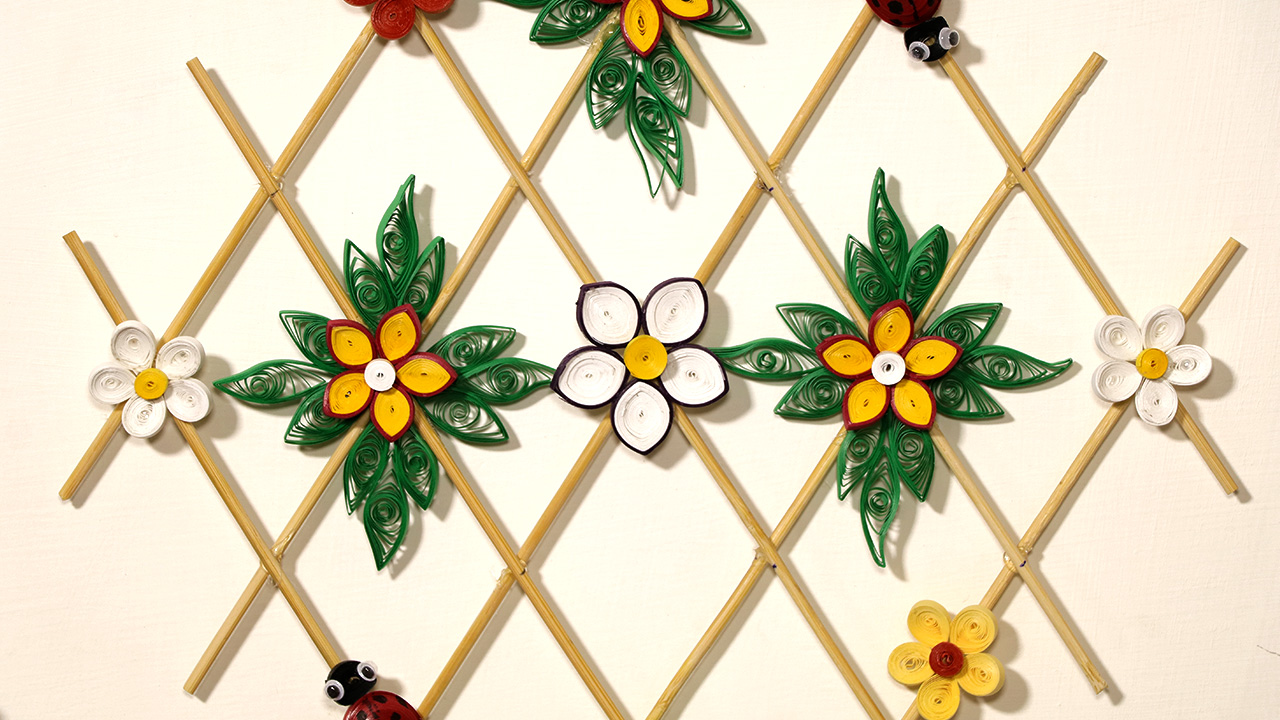 Paper Quilling Wall Decor Diy Paper Hanging Craft Artsy Fartsy