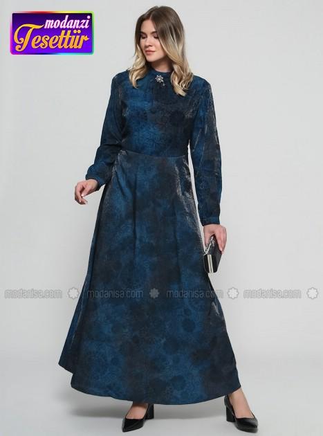 b5ec6946f39c9 Flog Baskılı Broş Detaylı Elbise - İndigo - 2019 büyük beden elbise  modelleri - modanisa-