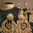 STUNNING NECKLACE WITH CHANDBALI EARRINGS