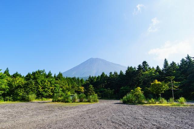 西臼塚駐車場からの富士山