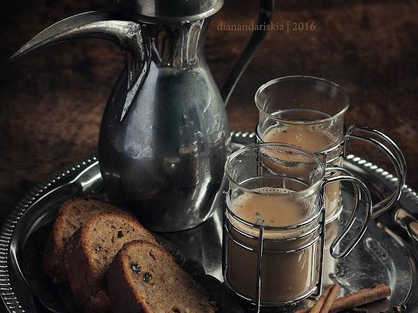 Spiced Banana Bread and Chai Tea