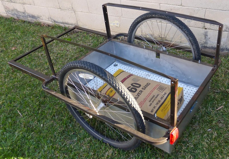 bike trailer with bag of sand