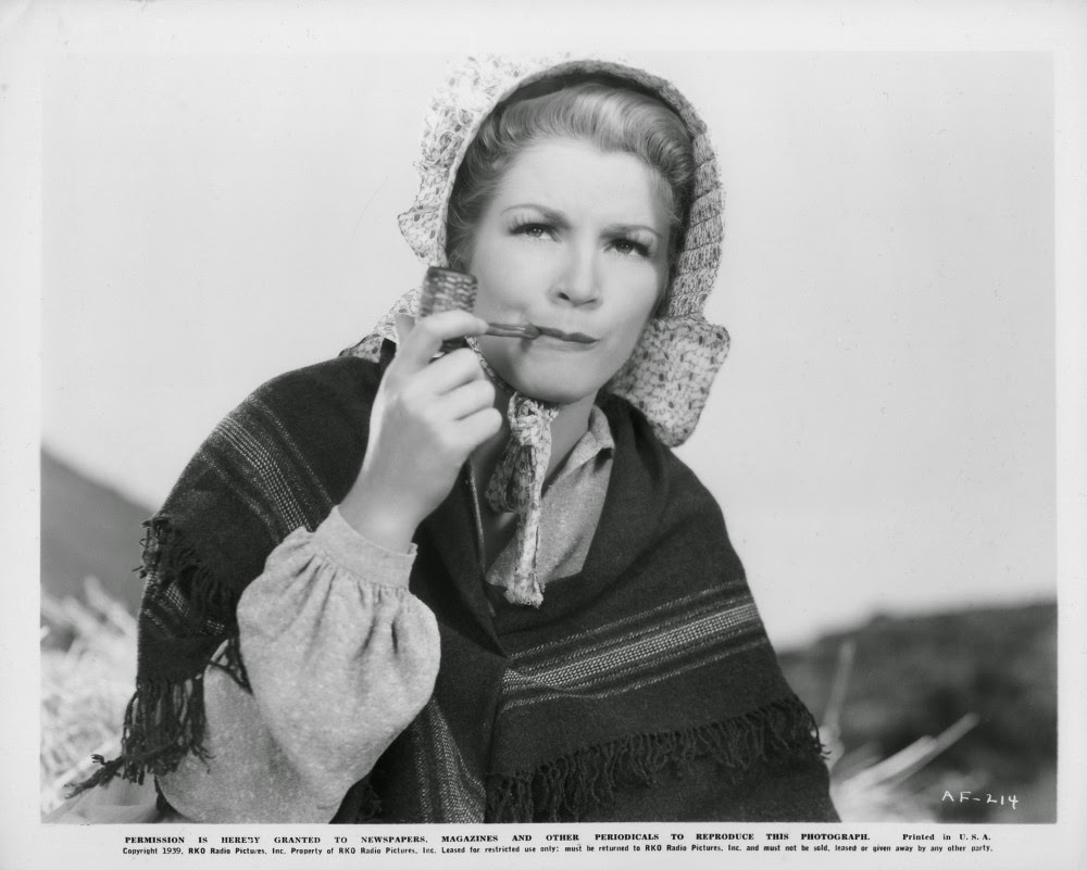Amelia Rose Blaire images