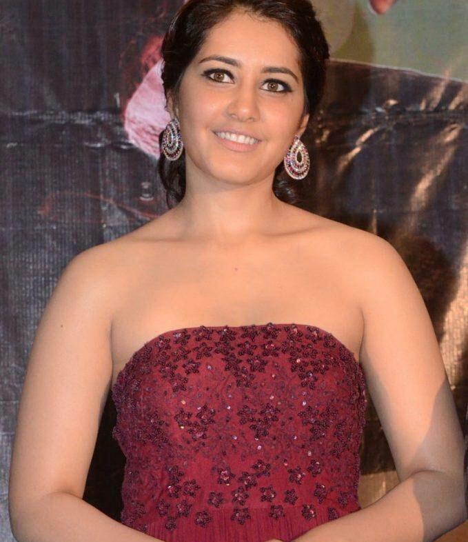 Rashi Khanna Hot Cleavage Photos At Supreme Movie 50 Days Function 1 1 - Rashi Khanna Sexiest Cleavage Pictures Collection-Hot HD Photos