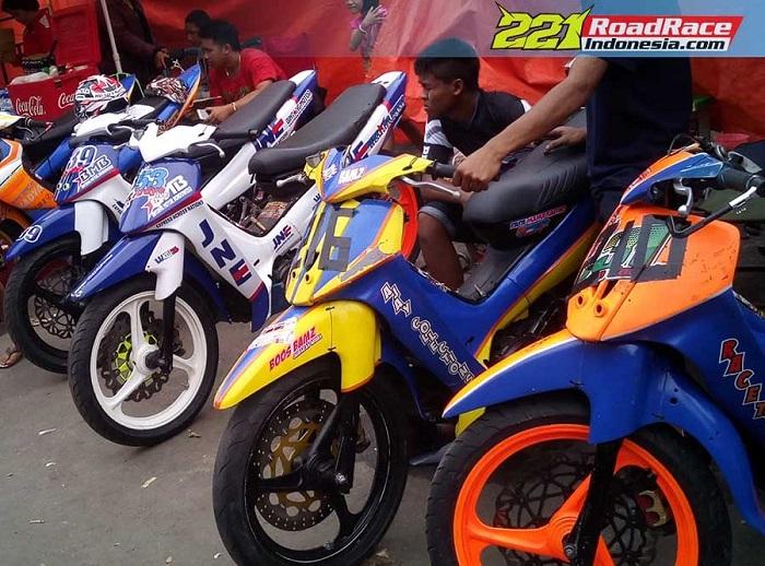 Modifikasi Motor Yamaha Fiz R