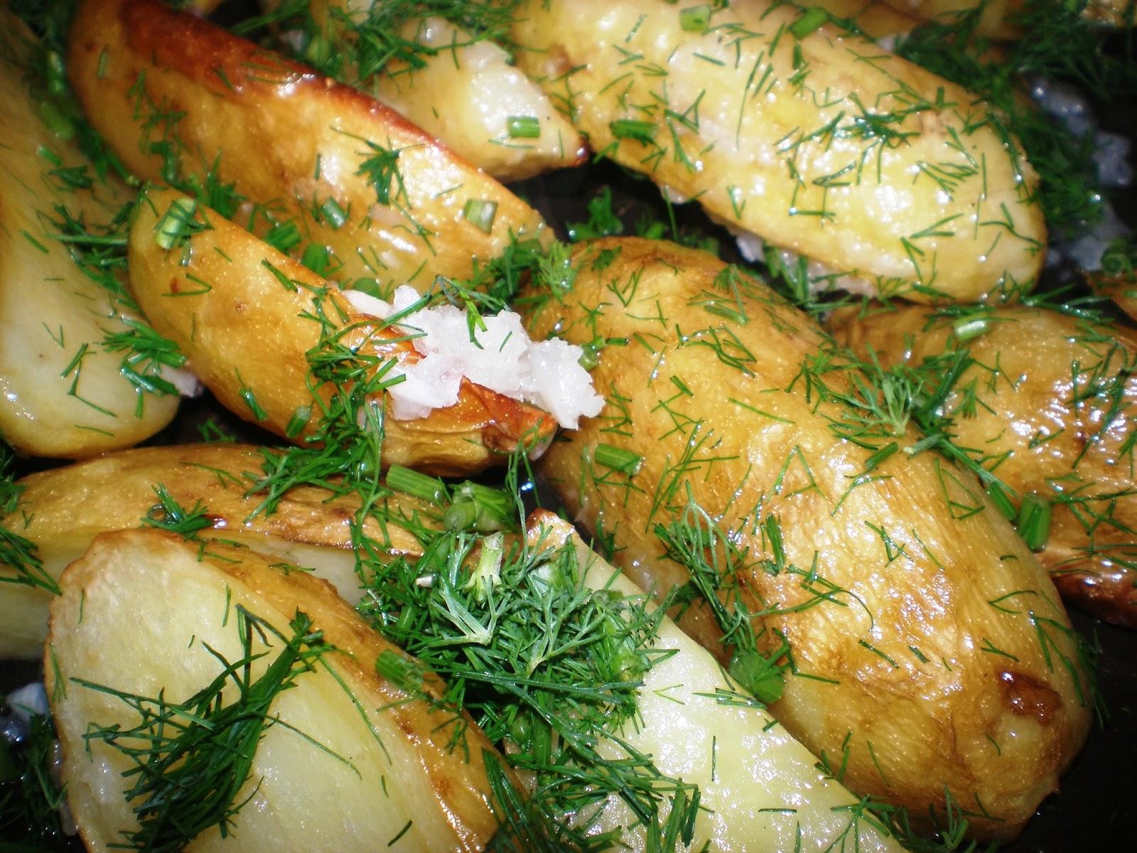 cartofi noi, la cuptor