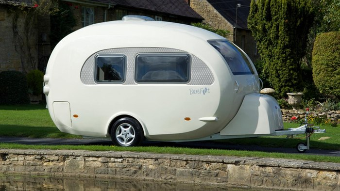 Barefoot Caravans sleep you in a rolling egg ...