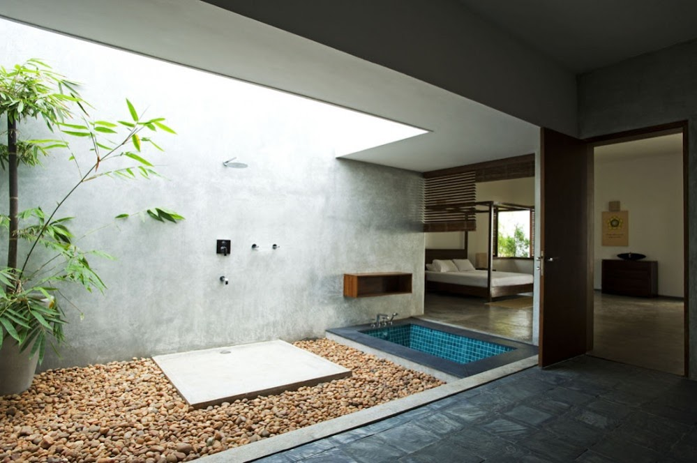 bath-plaster-wall-wooden-outside-shower