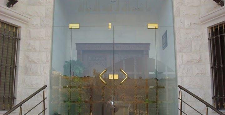 أسعار الزجاج وأبواب السيكوريت في مصر 2019