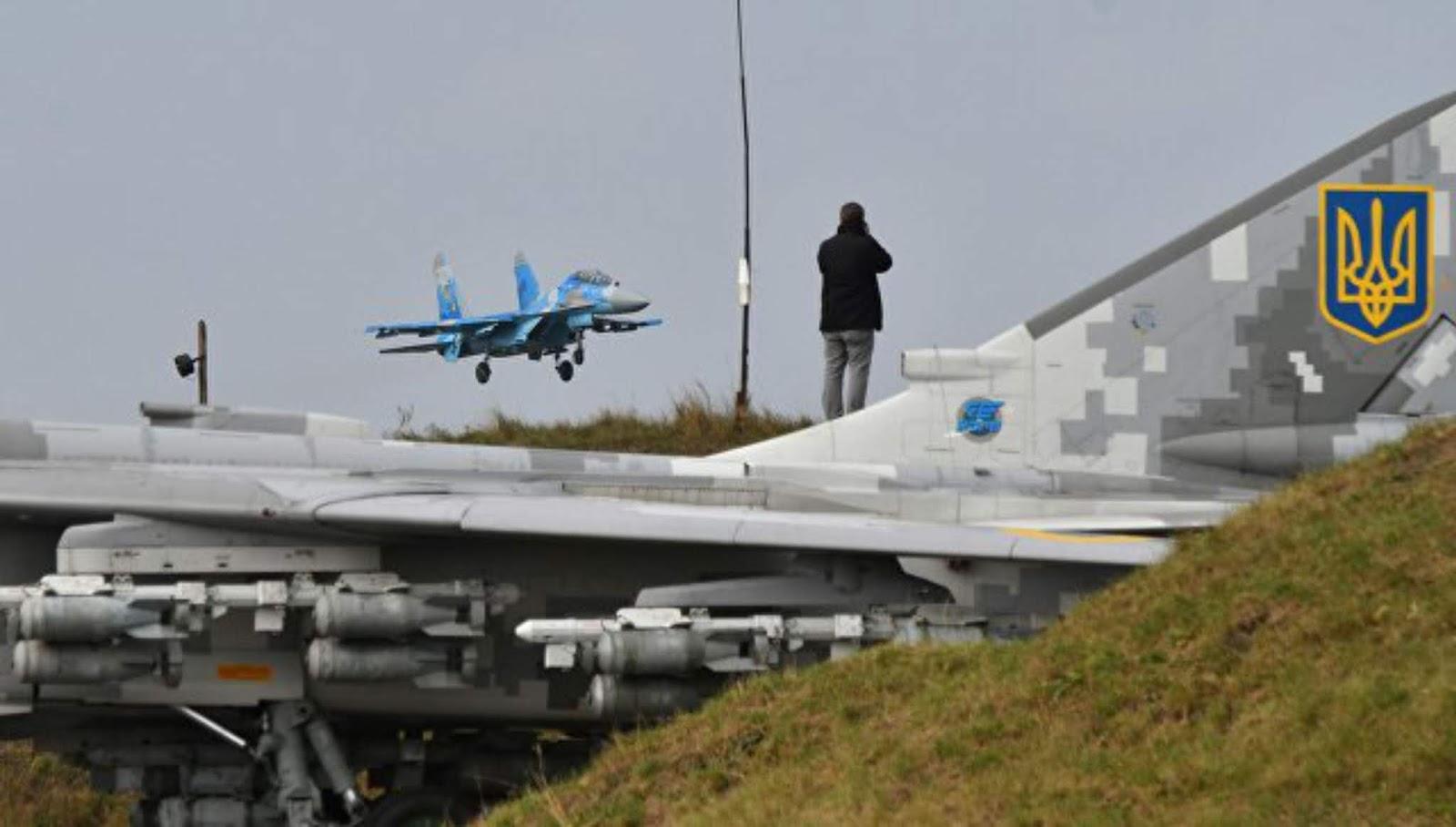 Su-27UB Angkatan udara Ukraina jatuh selama latihan