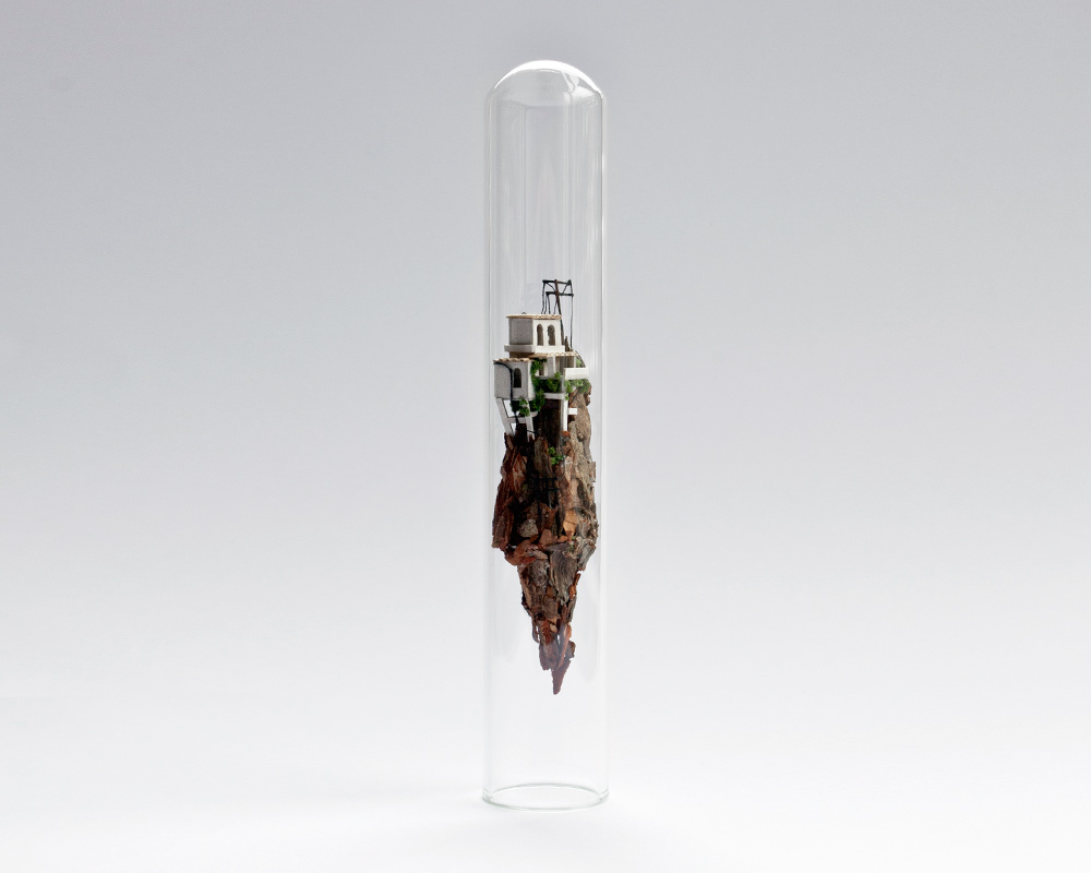 10-Rosa-de-Jong-Architectural-Miniature-Worlds-Inside-Glass-Test-Tubes-www-designstack-co