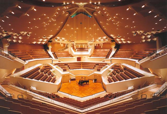 קונצרט יהודי לציון ליל הבדולח מעל הבמה החשובה ביותר באירופה