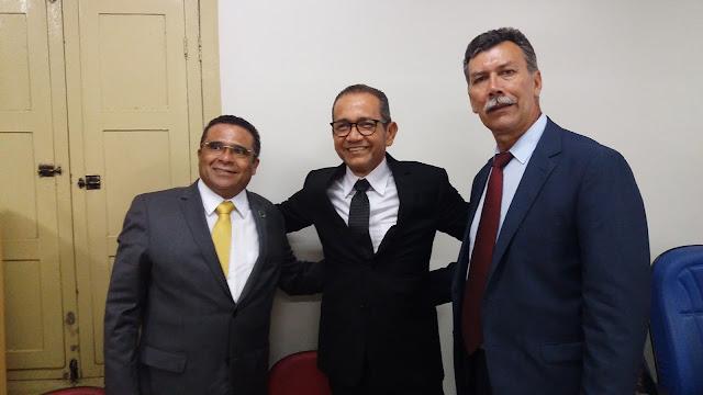 Com onze votos favoráveis,  Elias Ribeiro é eleito presidente da Câmara de Escada