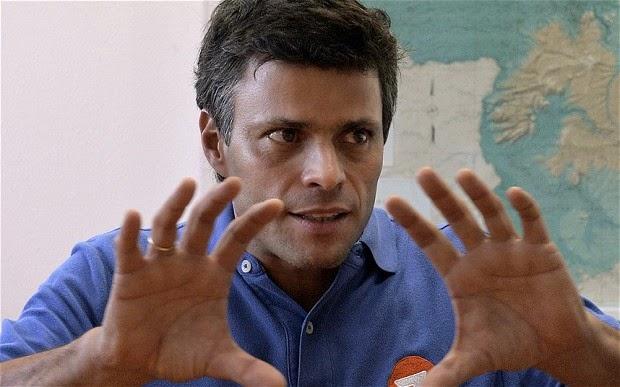 http://2.bp.blogspot.com/-JV7iKOoz6sU/VOGFh9bvKkI/AAAAAAAAFmE/IS0t28-btl0/s1600/Leopoldo-Lopez-_2822931b.jpg