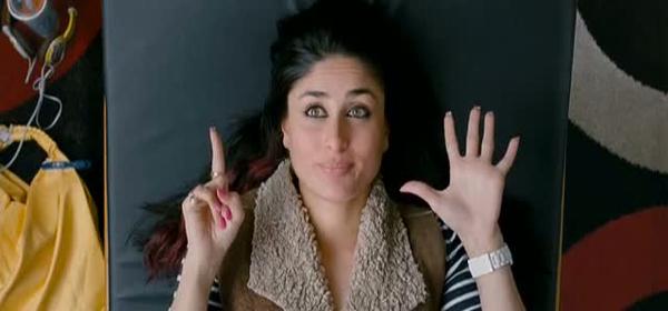 Screen Shot Of Hindi Movie Ek Main Aur Ekk Tu 2012 300MB Short Size Download And Watch Online Free at worldofree.co