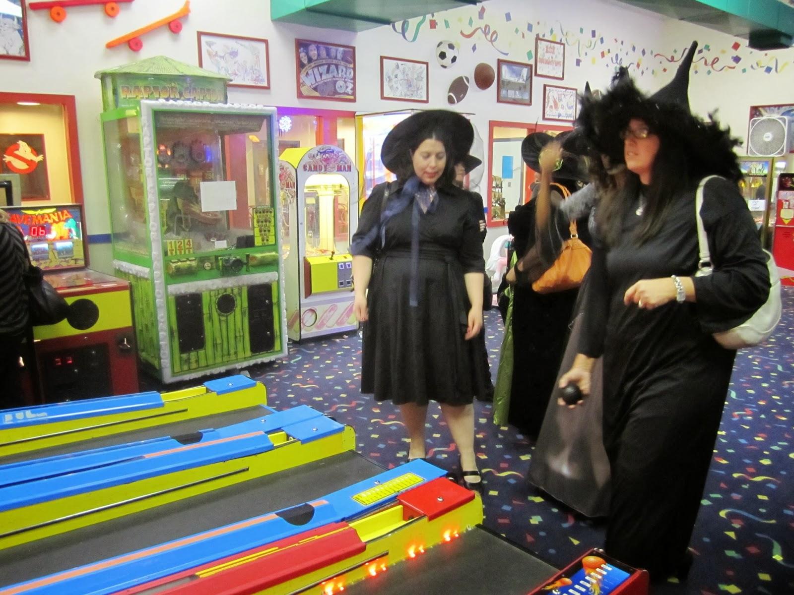 girls night, witches