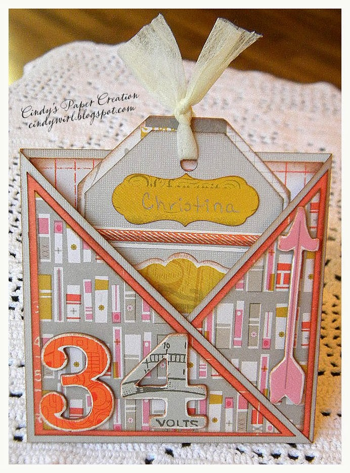 Crisscross card with tag insert