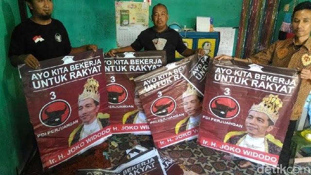 Gudangnya Ditemukan, Ternyata Poster 'Raja Jokowi' Dipasang oleh Relawan Pendukung Jokowi