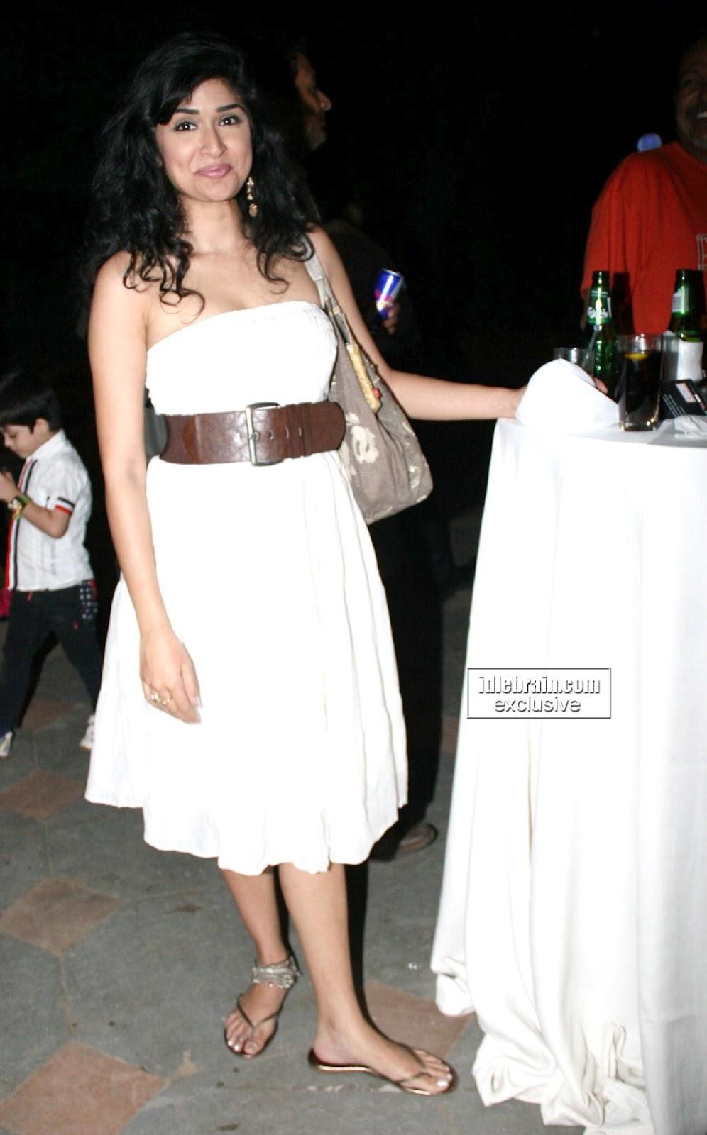 Hot Actress Pics Anjala Zaveri-5517
