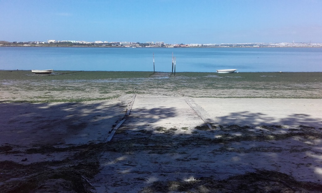 Zona de entrada e saída dos Barcos do Clube Pesca desportiva de Copacabana