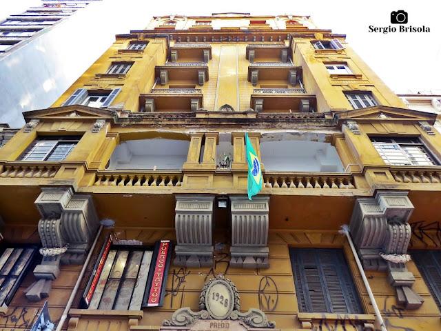 Perspectiva inferior da fachada do Edifício Cadete Galvão - Centro - São Paulo