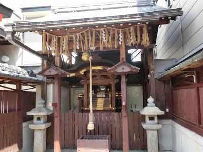 若宮八幡宮(堀川館跡)
