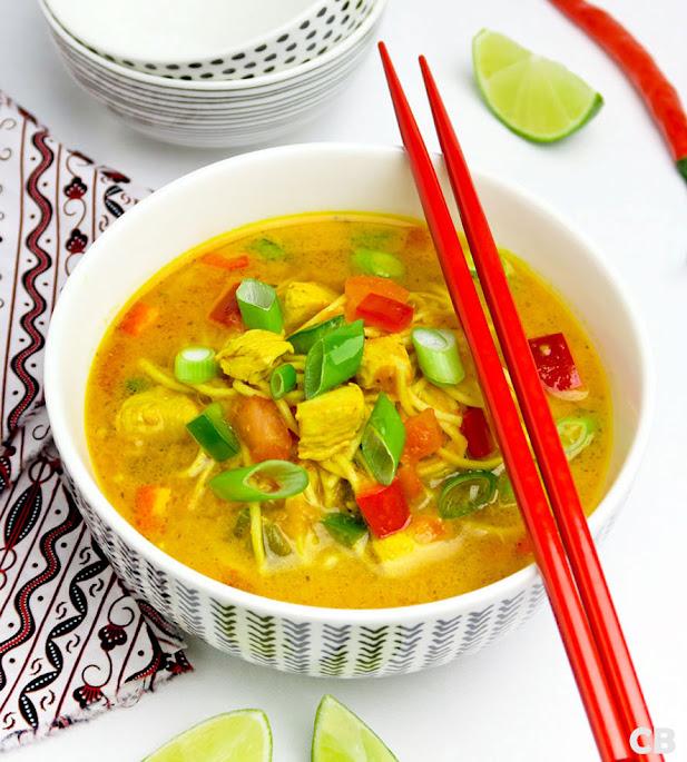 Recept Thaise currysoep met noedels, kip en groenten