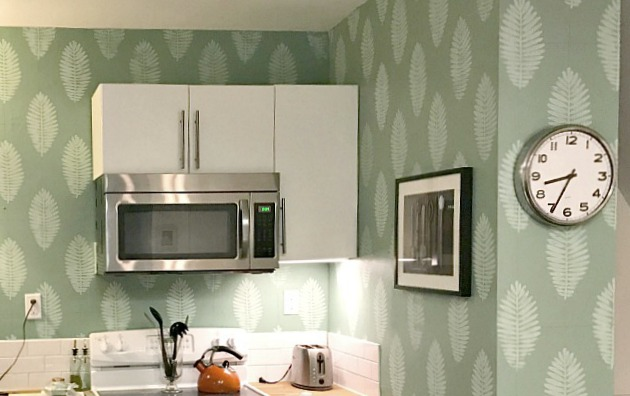 kitchen wallpaper design using rubber stamp