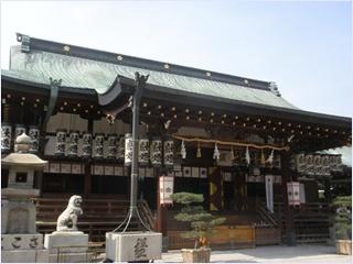 ศาลเจ้าเท็มมังงุ (Osaka Tenmangu Shrine)