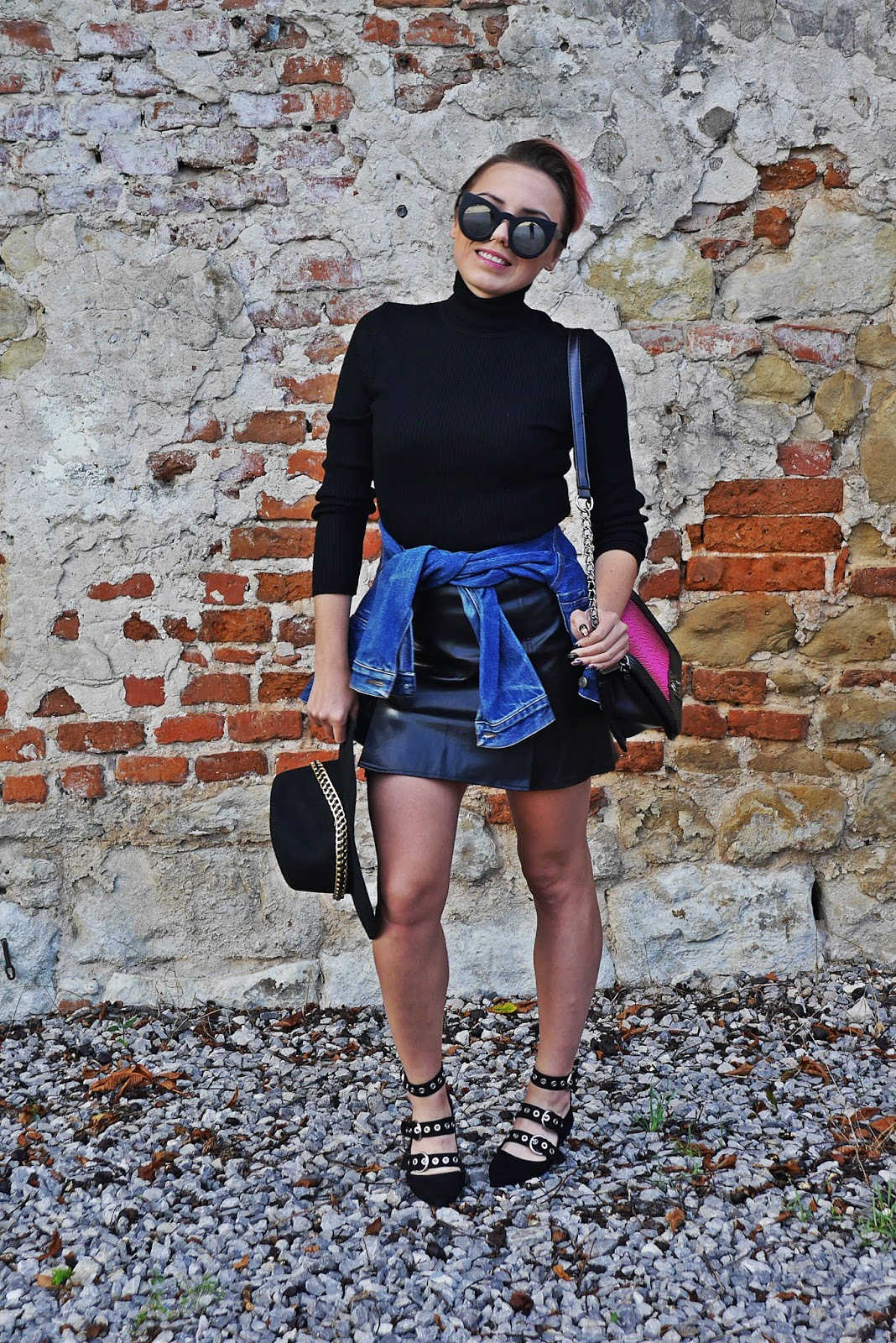 7_black_turtle_neck_leather_skirt_denim_jacket_karyn_blog_modowy_210817b