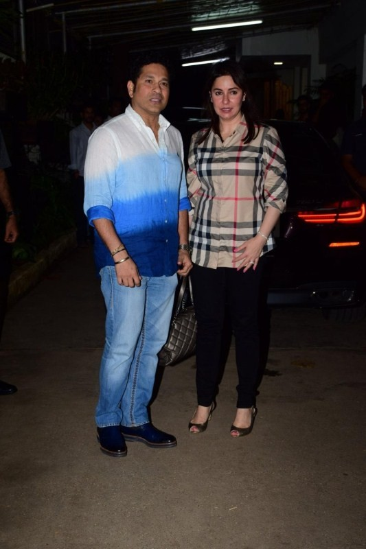 "Shilpa Shetty and Sachin Tendulkar During The Special Screening of film ""Sniff"""